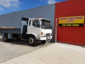 Fuso Tip Truck For Hire